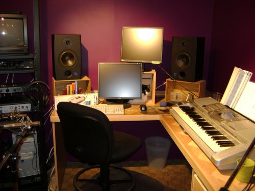BobSongs Creative Media - Recording Studio